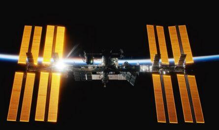 Mezinárodní vesmírná stanice ISS zachycená na fotografii.