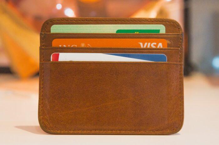 Kreditní karty – Znáte hlavní výhody a nevýhody
